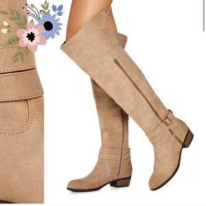 JustFab Knee High Beige Caramel Boots size 6.5